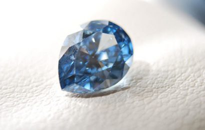 Find Extraordinary Gems to Offer as a Gift to Your Loved Ones
