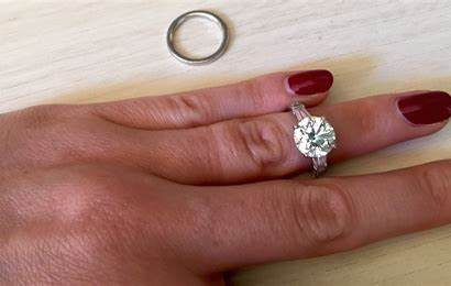 4 Precious Gemstones to Choose for Your Engagement Ring