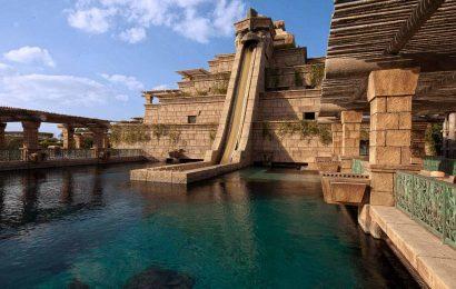 Discover 2 Mesmerizing Dubai Beach Resorts