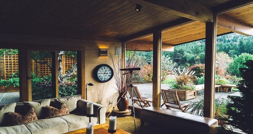 5 Clever Ways to Bridge Your Indoor and Outdoor Living Space